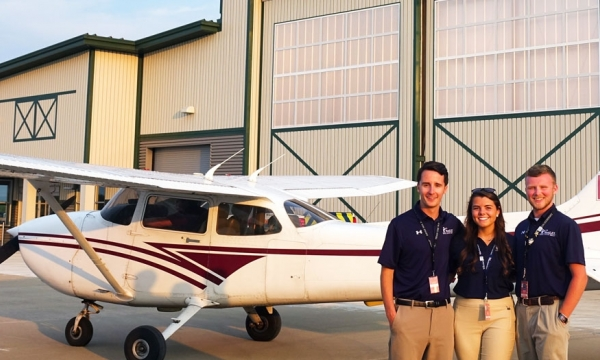 Photo of EKU aviation students at WestLEX