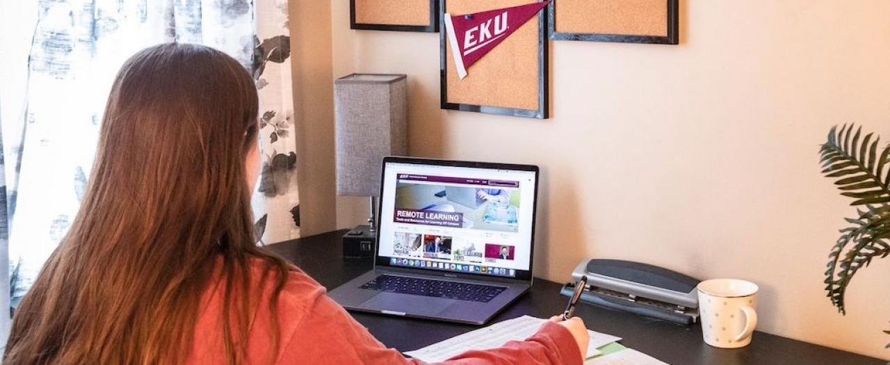 EKU Students Take Online Courses